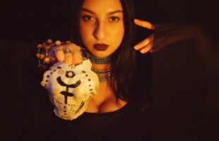 Bone Magick: Or Using Bones, Fangs, Feathers, Claws, and Shells in Animal Magick and Ancestor Work