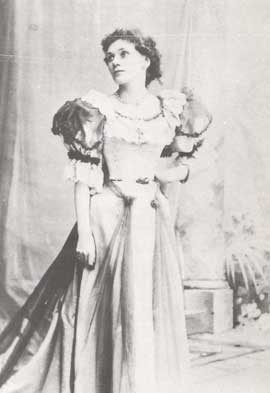 Florence Emery Farr in 1890 at the Folly Theater, London. Black white picture. Full size.