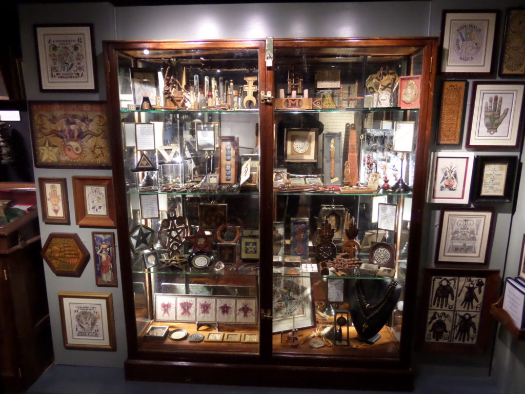 JHW Eldermans left a large legacy of occult and esoteric manuscript and items. A part of it. The Riechel collection is now preserved in the Museum of Magic and Witchcraft in Boscastle, Cornwall.